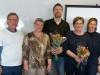 Kåge Eklund och Pia Prestel överlämnar styrelseuppdrag till de nya medlemmarna Kerstin Ahlberg (ordf.), Pernilla Landin och Mattias Nilsson.